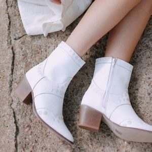 Call Me The Breeze Maisie Moon Phase Boots